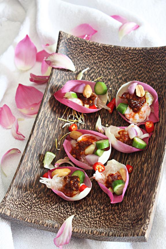 pomelo shrimp salad in lotus petals